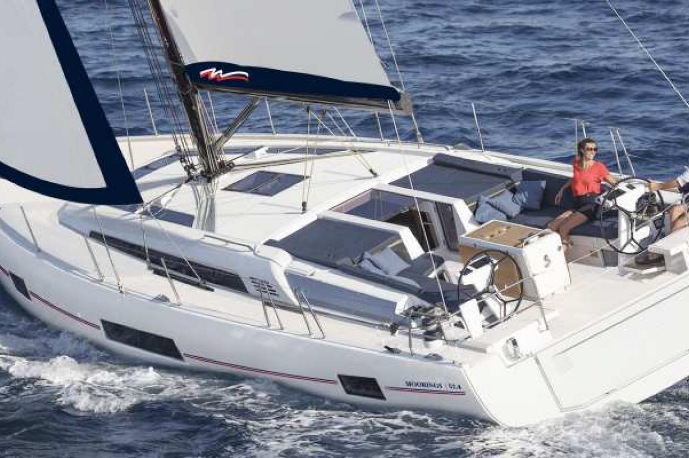 Moorings 52.4 segelnd