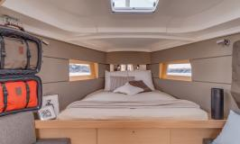 Moorings 38.2 forward cabin